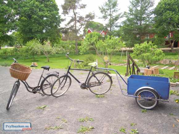 Sell 2 bikes and trailer